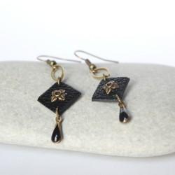 Boucles d'oreilles bronze et cuir noir